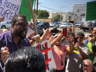 Uber and Lyft drivers in Los Angeles strike over pay, working conditions
