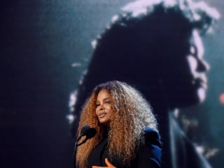 Janet Jackson, Stevie Nicks enter Rock and Roll Hall of Fame with encouragement for women