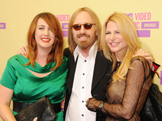 Tom Petty's widow and daughter in legal fight for control of singer's estate