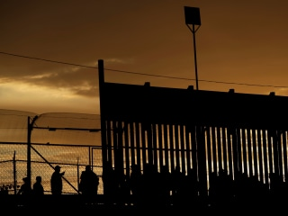 Trump admin wants to make asylum harder by putting border agents in charge
