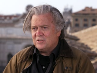 Steve Bannon wins battle to set up right-wing political academy in Italy