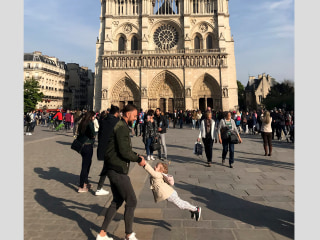 Photo of man, girl snapped before Notre Dame fire finds way to family