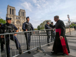 Relic rescued from Notre Dame to get key role at Good Friday procession