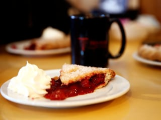 Dining room deregulation: Trump's FDA may revamp rules for cherry pie, milk, French dressing