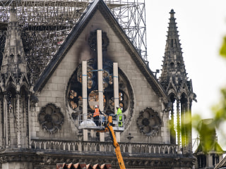 Notre Dame official says 'computer glitch' could be fire culprit
