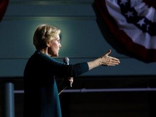 Warren calls on House to begin impeachment proceedings against Trump