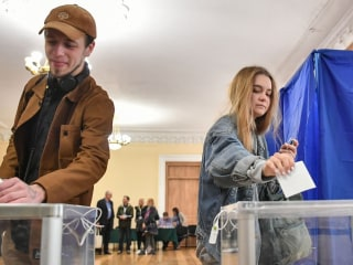 Ukraine elections: Comedian Volodymyr Zelenskiy declares victory in presidential race