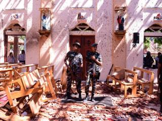 Easter Sunday blasts at churches, hotels in Sri Lanka kill 290