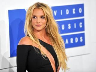 Britney Spears addresses fan rumors about mental health, says 'all is well'