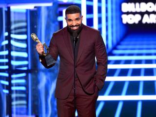 Drake has big night at Billboard Awards, wins top artist