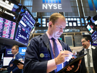 Dow falls for second day as China trade war fears fuel Wall Street sell-off