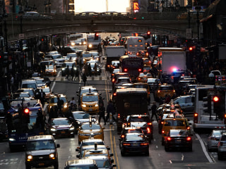 Uber, Lyft say they help ease traffic congestion. New study says otherwise.
