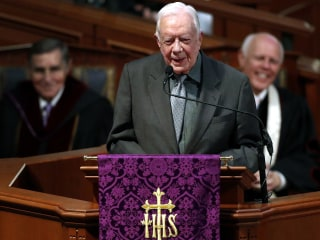 Jimmy Carter, recovering from broken hip, to skip Sunday school duties