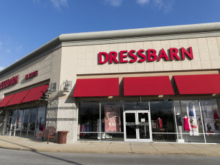 Dressbarn to close all 650 stores, shutter entire business