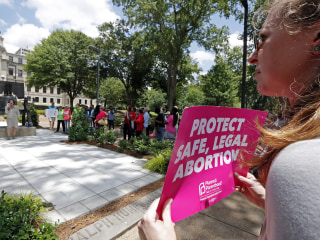 Federal judge blocks Mississippi abortion ban