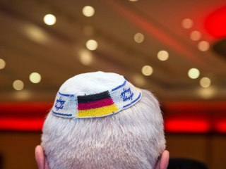 German official advises Jews to avoid wearing traditional yarmulkes amid rising anti-Semitism