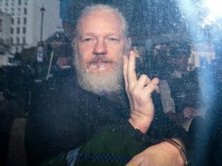 Julian Assange is showing symptoms of 'psychological torture,' expert says