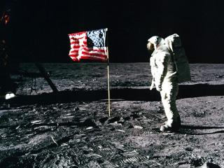 Trump reverses thrust, says NASA should focus on Mars, not the moon