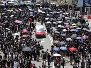 Hong Kong protesters not backing down, demand police apology