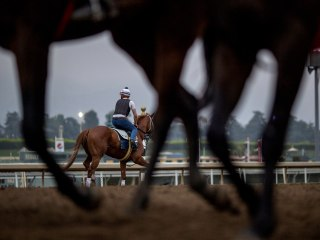Santa Anita's racing season closes with sport of kings on the line