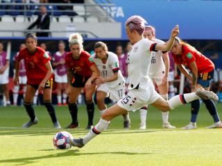 Megan Rapinoe scores twice as U.S. women beat Spain in World Cup