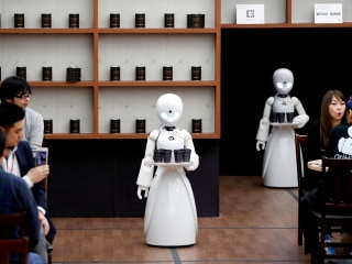 Robots could take over 20 million jobs by 2030, experts say