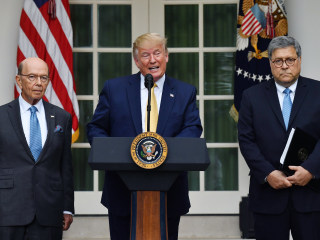 Trump weighs ousting Commerce chief Wilbur Ross after census defeat
