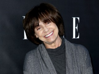 Valerie Harper's husband won't move actress to hospice care