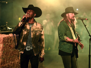 Lil Nas X's 'Old Town Road' breaks record for most weeks in the No. 1 spot on the Billboard Hot 100