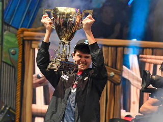 Pennsylvania teenager wins $3M in Fortnite World Cup