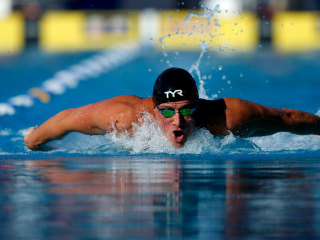 Ryan Lochte wins U.S. swimming title in return from suspension