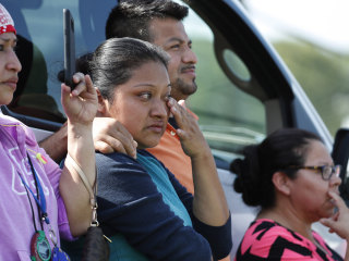 Families 'anguished' after massive ICE raids in Mississippi sweep up nearly 700