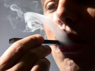 FDA chief threatens to take e-cigarettes off the market