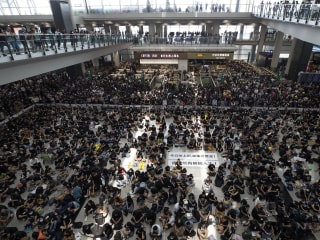 Hong Kong airport suspends check-ins amidst ongoing protests