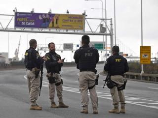 Police kill armed man who held dozens hostage on a bus in Rio de Janeiro