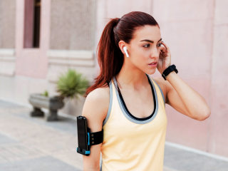 The best workout headphones, according to these fitness professionals