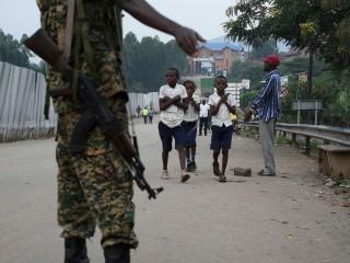 Girl with Ebola entering Uganda from Congo