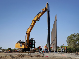 Trump admin preparing to take over private land in Texas for border wall