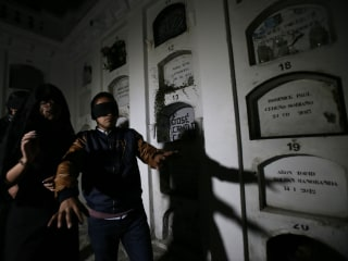 In Ecuador, a nighttime crypt visit for dark tourism enthusiasts