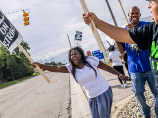Tens of thousands of General Motors auto workers go on strike