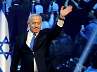 Netanyahu appears to fall short of a governing majority, partial results suggest