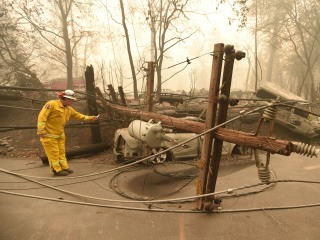 Fire danger again threatens power to 800,000 across California