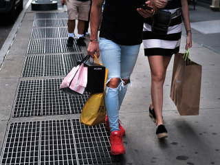 Banks ride high on consumer spending but IPOs lose luster