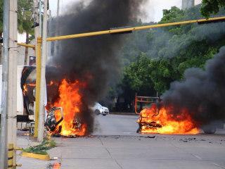 Gunbattles erupt as Mexico says El Chapo's son is located