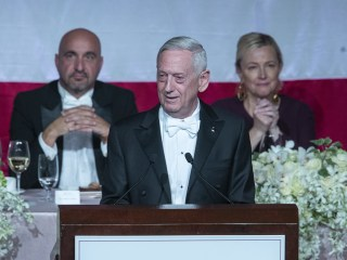 'Overrated general' Mattis zings Trump at N.Y. charity gala
