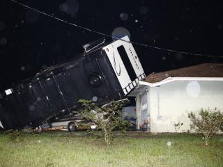 Storm brings wind, rain, tornadoes to Florida Panhandle