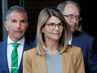 Lori Loughlin's attorney says new evidence exonerates her in college admissions case