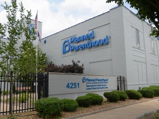 Missouri health director tracked menstrual periods of Planned Parenthood patients