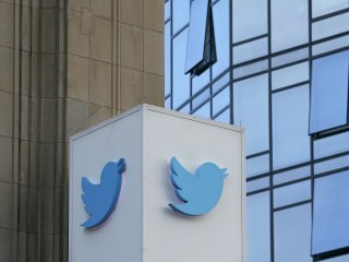 Saudis recruited Twitter workers to spy on critics of Saudi regime, U.S. charges