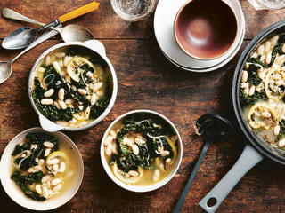 Warm up this week with Rachael Ray's Greens and Beans Minestra soup